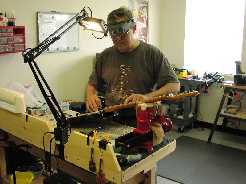 Norms Guitar Repair Shop Home Page